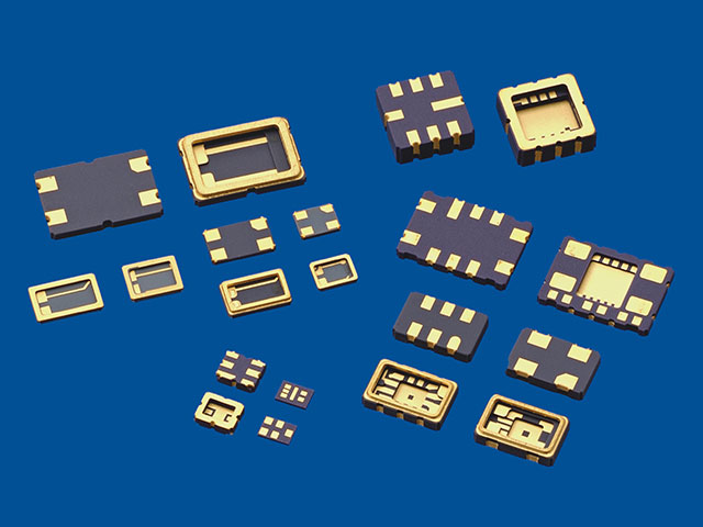 Surface Mount Ceramic Packages For Electronic Devices